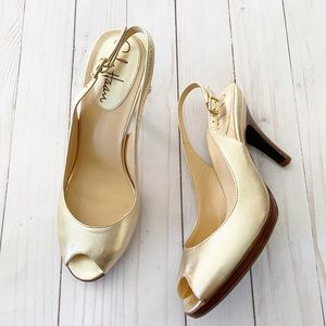 Cole Haan Nike Gold Tone slingback Heels Size 6.5